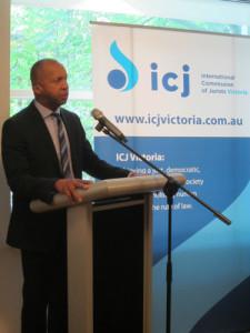 Bryan Stevenson speaks at ICJ Victoria event in 2015.